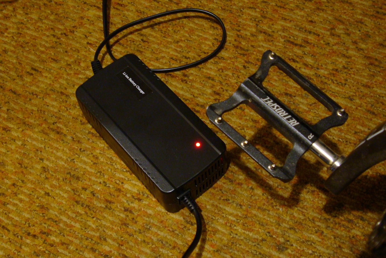 Зарядное устройство электровелосипеда Twitter VS.7.0-ER